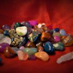 Cuál es la piedra de los signos de tierra